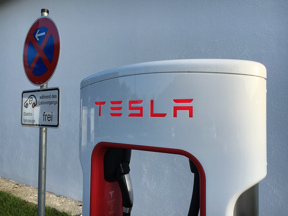 supercharger tesla recorduri